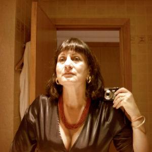Couple français qui pratique le candaulisme cherche cuckolder 063